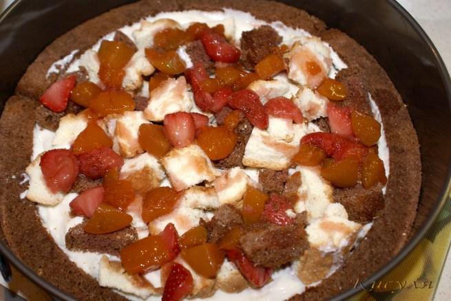 Простенький «Меланжевый» тортик (бисквитный)