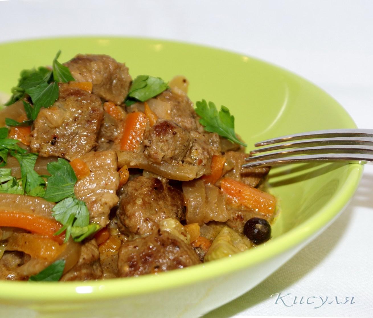 Азу по-татарски из говядины с солеными огурцами рецепт с фото в мультиварке