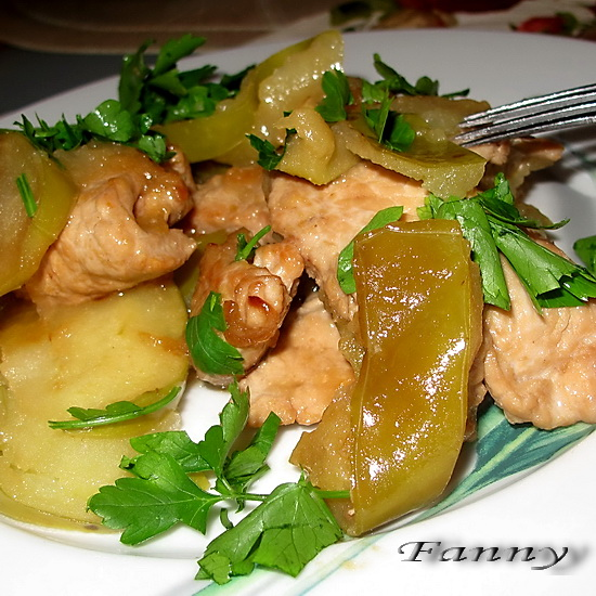 Рецепт филе индейки с яблоками