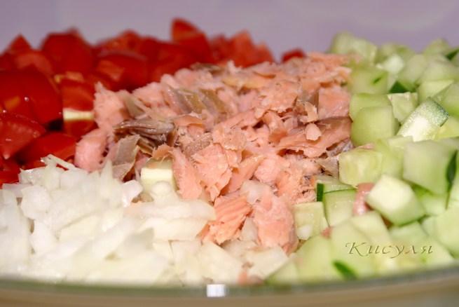 Салат с копченой горбушей холодного копчения рецепт