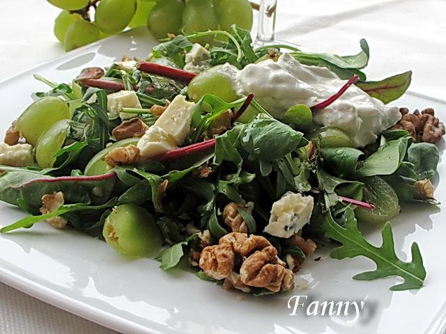 Салаты с сыром и виноградом рецепты с фото